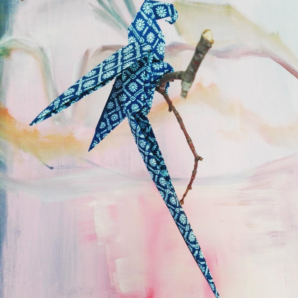 Handgemachte Deko aus Papier Origami Papagei